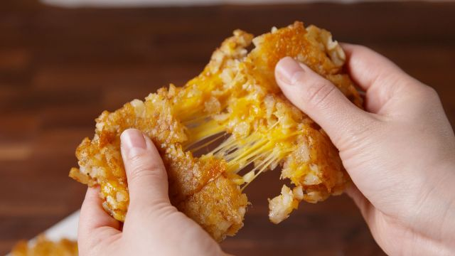 1485902350-delish-tater-tot-grilled-cheese-1